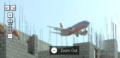 lowflyingairplane1.jpg