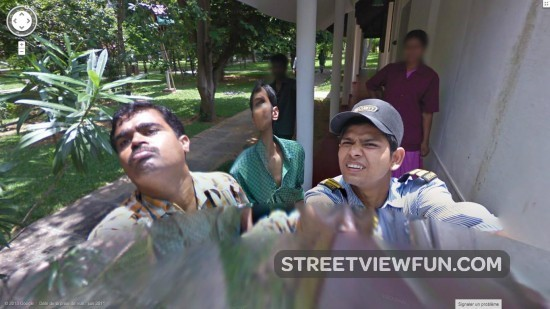 security-guards-in-india-stop-google-streetview