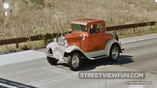 StreetViewFun Funny Little Old Car - Funny old cars
