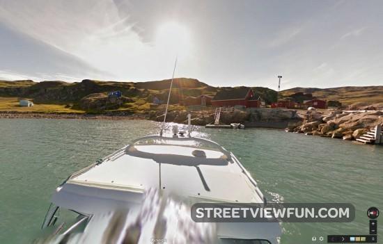 boat-trip-greenland