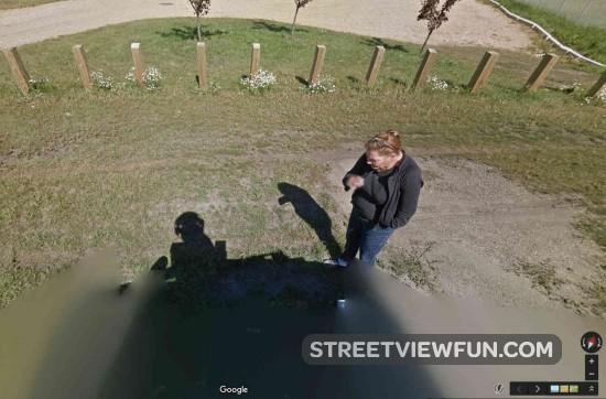 street-view-driver-smoke