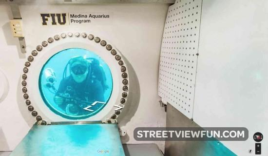 window-underwater