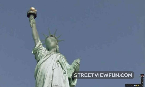 blur-statue-liberty