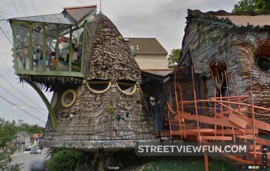 weird-house-ohio