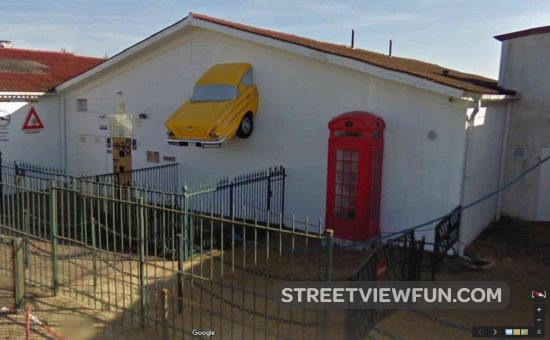 yellow-car-house