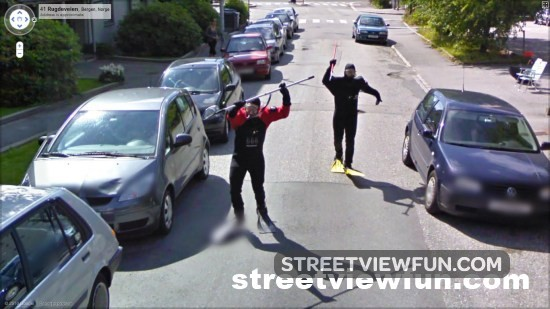 Snorekelers weird Google StreetView