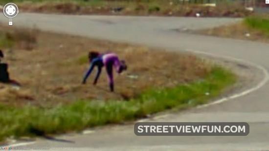 16 weirdest people on Google Maps Street View - StreetViewFun