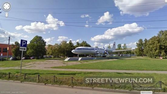 parkedairplane