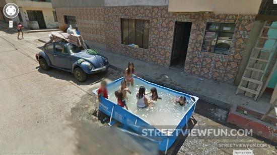 street-bath