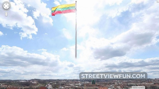 lithuanian-flag-google-street-view