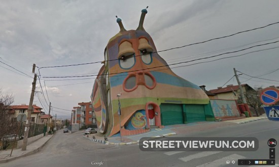 snail-house-bulgaria-street-view