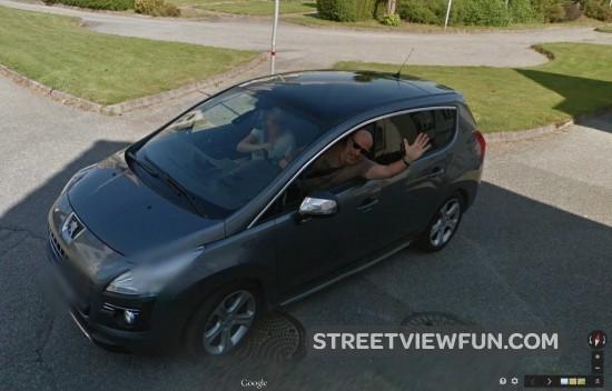 hello-google-car