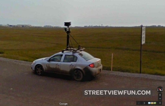 dirty-street-view-car