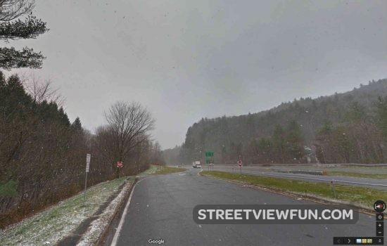 snowing-vermont