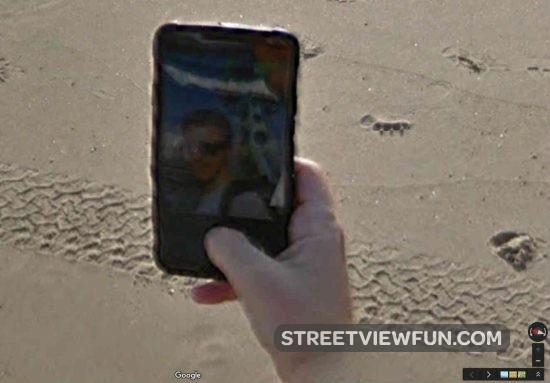 google-guy-selfie2